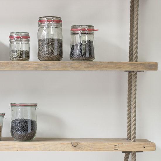 деревянная полка для кухни