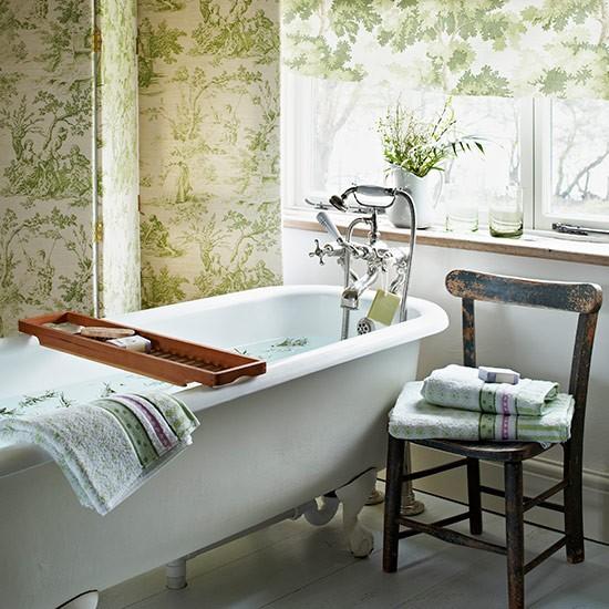 яркий интерьер ванной